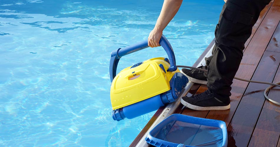 swimming pool cleaning services near me